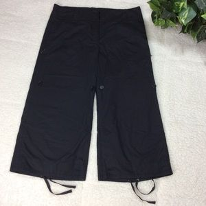 Prada Black Cropped Capri Pants Size 40 /4